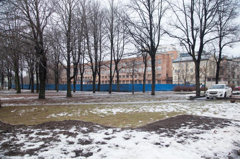 «Эталон» в Крапивном
