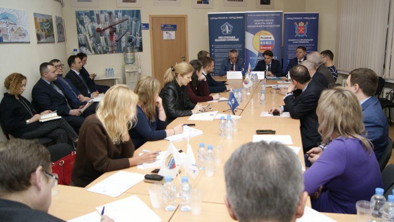 Встреча Барановского с застройщиками