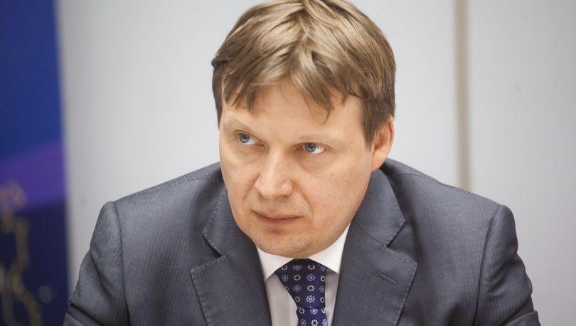 Антон Глушков - кандидат