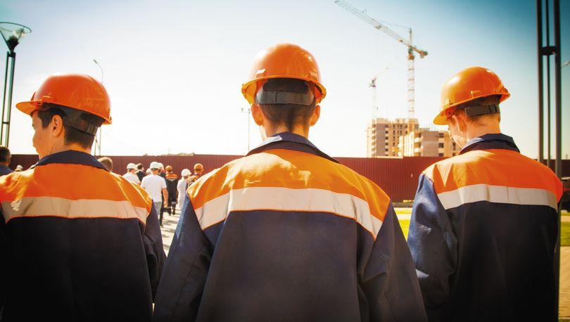 строители ждут