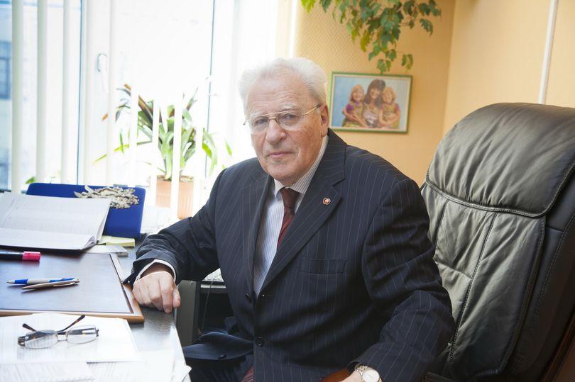 Лев Каплан - вице-президент Союзпетростроя