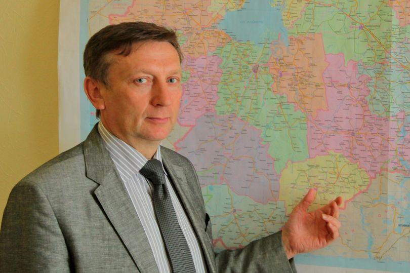 Владимир Петров - глава департамента строительства и дорожного хозяйства Новгородской области