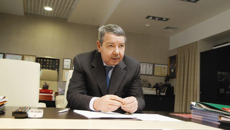 Вахмистров