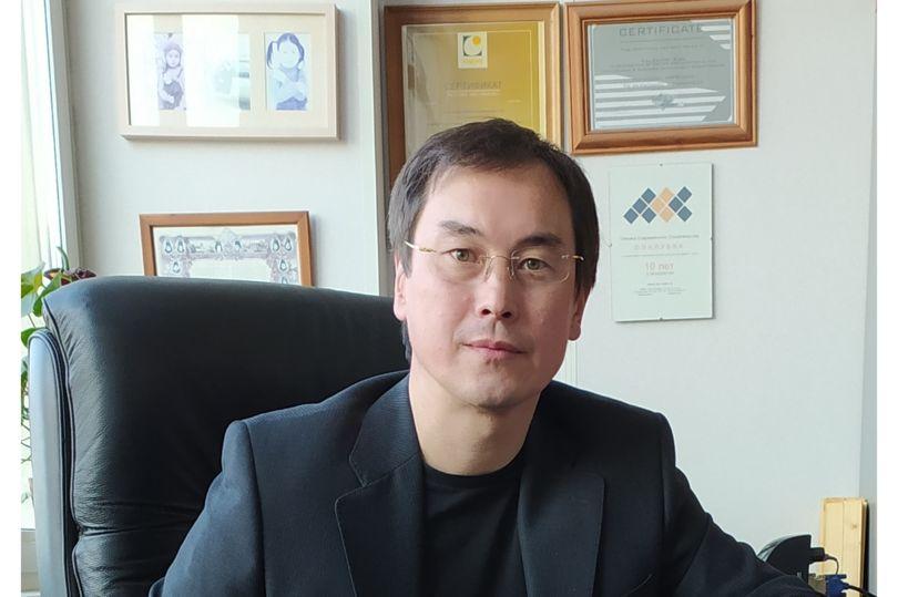 Валентин Кан