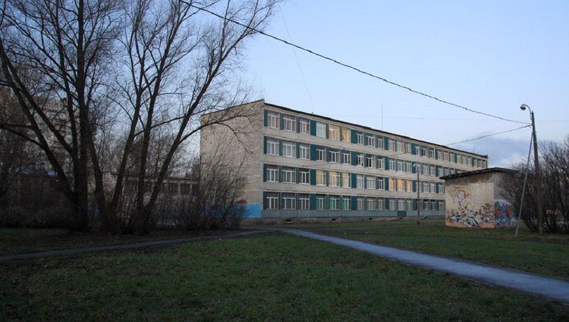 Школа во Фрунзенском районе