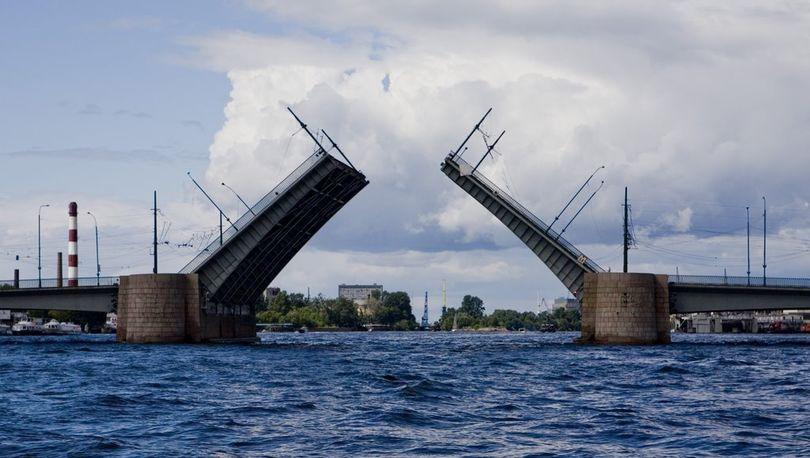 Тучков мост реконструируют досрочно