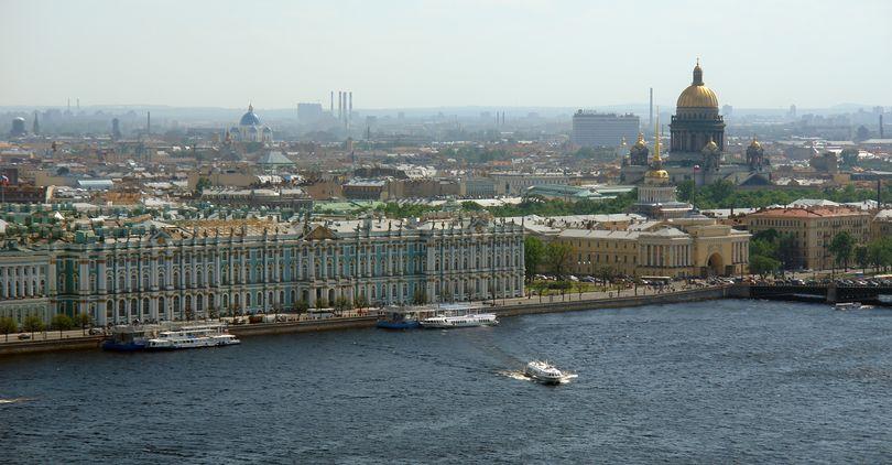 Москва и Петербург, по мнению россиян, не самые комфортные для проживания города