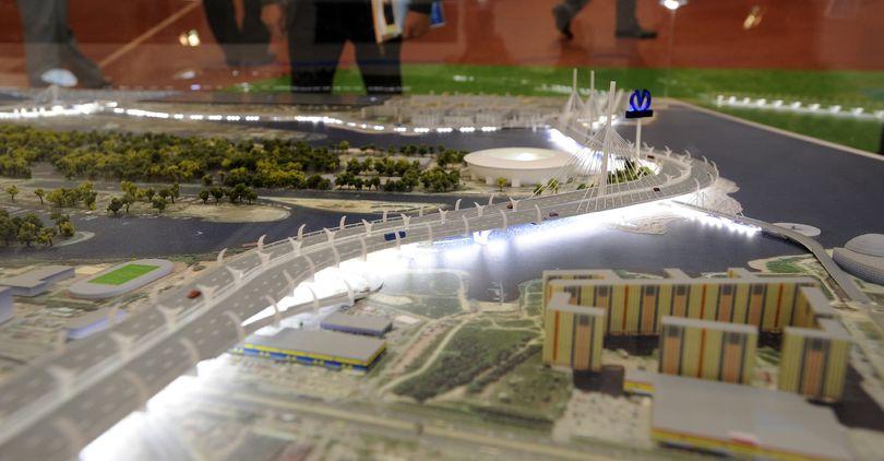 Завершается строительство последнего пролета Яхтенного моста