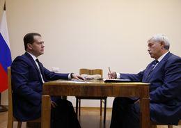 Медведев и Полтавченко обсудили китайские инвестиции в Петербург