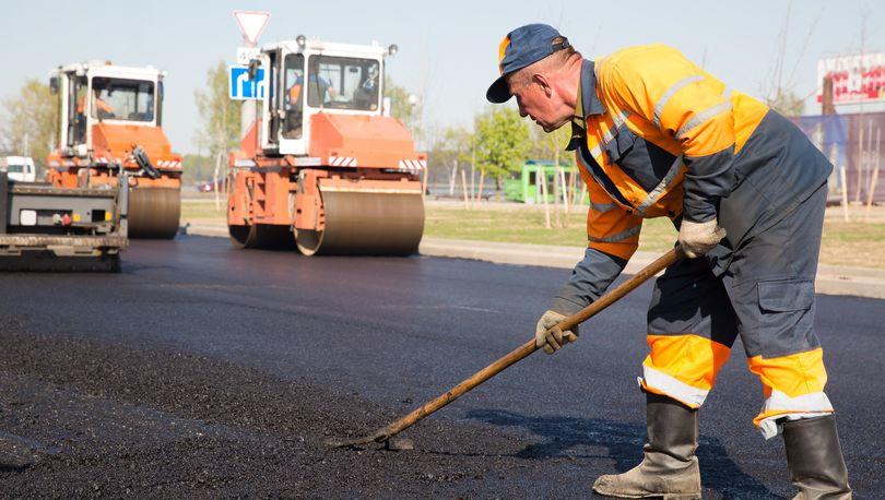 В Петербурге начался плановый ремонт дорог