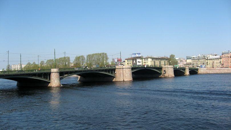 Капремонт Биржевого моста спроектирует «Гипростроймост»