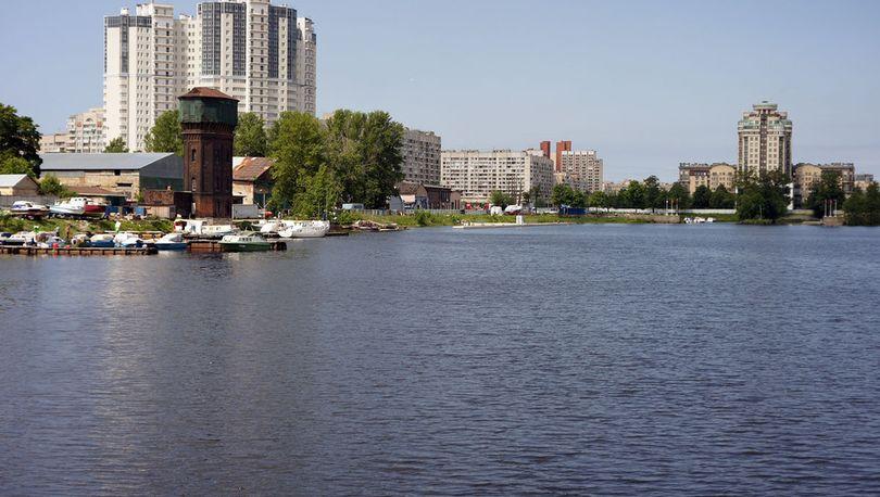 Набережную Шкиперского канала отдадут под магазины