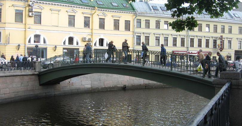 ВПетербурге починят Сенной мост за20 млн руб.