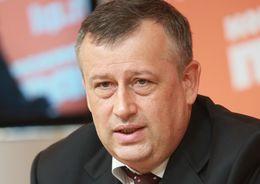 Несколько экспромтов выдал губернатор Дрозденко во время поездки в Колтуши