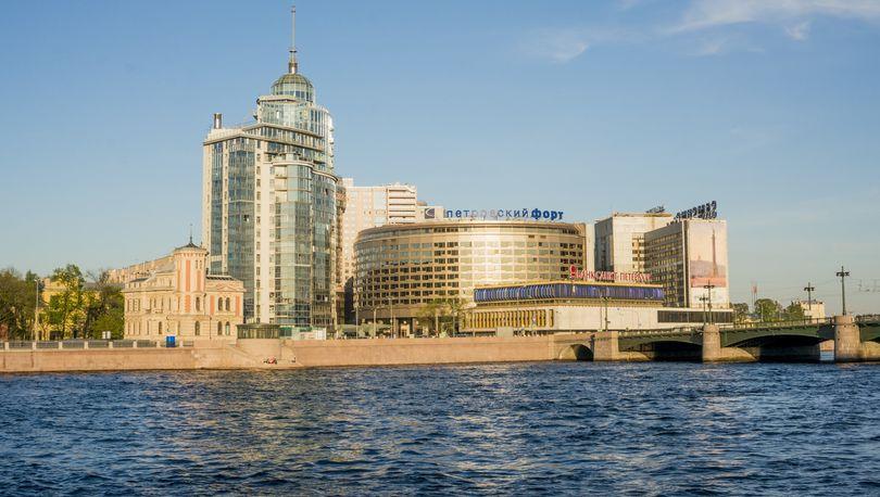 Кадастровую стоимость БЦ «Петровский форт» понизили