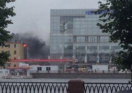 На Выборгской набережной тушили пожар в жилом доме