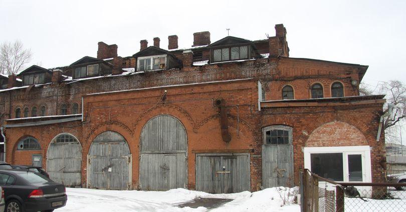 Территорию завода