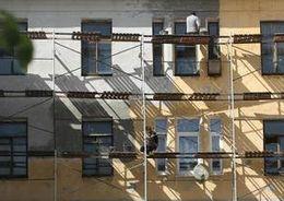 Жилкомитет Петербурга проверил проблемные городские фасады
