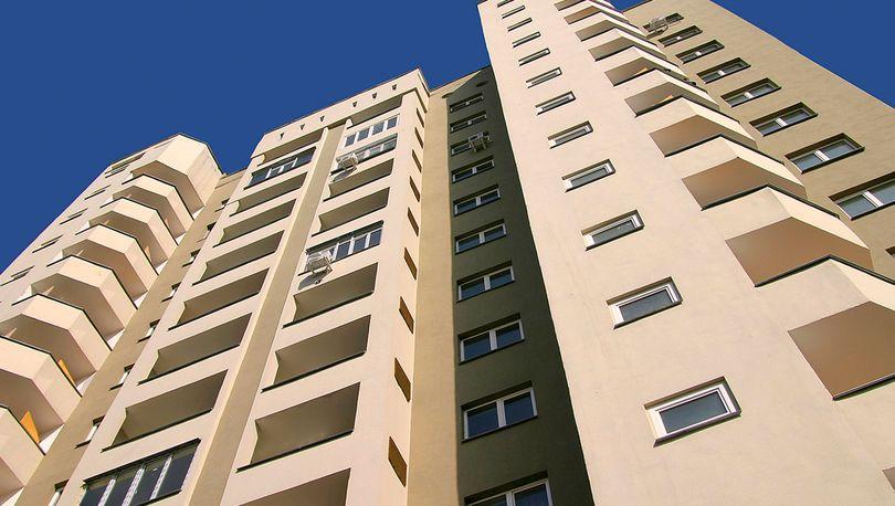 Минстрой может понизить объемы строительства доступного жилья