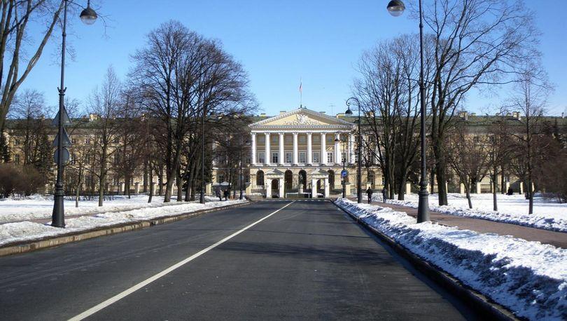 Петербург перевыполнил бюджет 2016 года по доходам