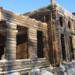 Реставраторы завершают сборку сруба Усадебного дома парка «Монрепо»