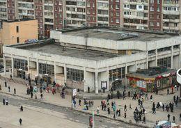 Вход на станцию метро «Проспект Просвещения» ограничили на два месяца