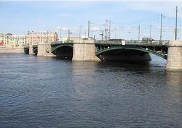 Проектировать капремонт Биржевого моста готов «Гипростроймост»