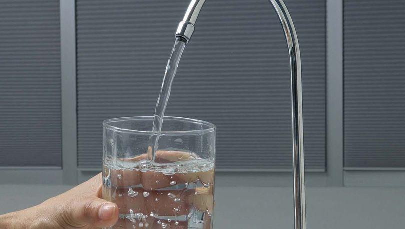 Питьевая вода в нескольких районах Ленобласти не соответствует нормативам