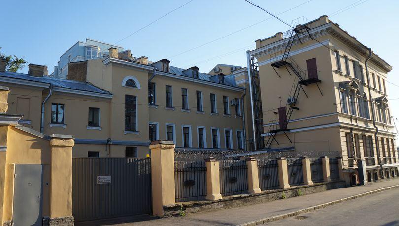 Малоохтинский пр., 8