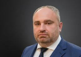 Виталий Голиков