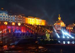 В Петергофе закрылся сезон фонтанов