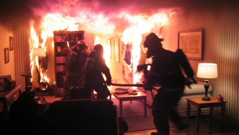 В Выборгском районе Петербурга горела квартира