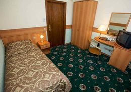 Путин: Нужно строить недорогие гостиницы
