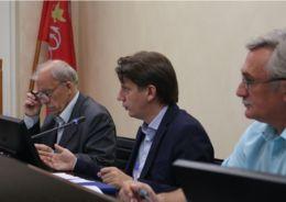 В Комитете по строительству обсудили проблемные объекты
