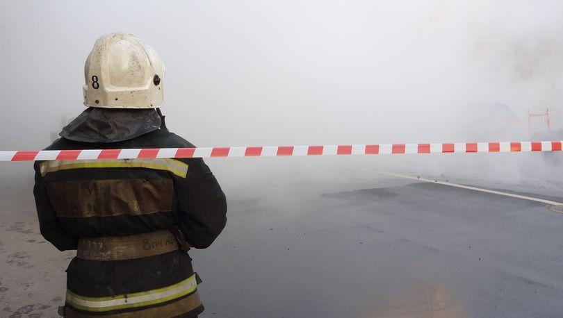 В Колпино прорвало трубу с горячей водой