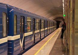 Предпроектные работы по красной ветке метро выполнят москвичи