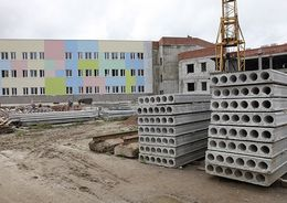 Дмитрий Медведев предложил наращивать импортозамещение в строительстве