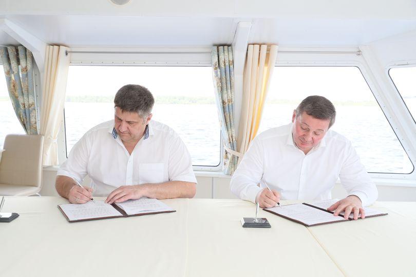 Роман Новиков и Андрей Бочаров