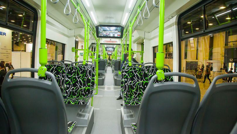 салон трамвая