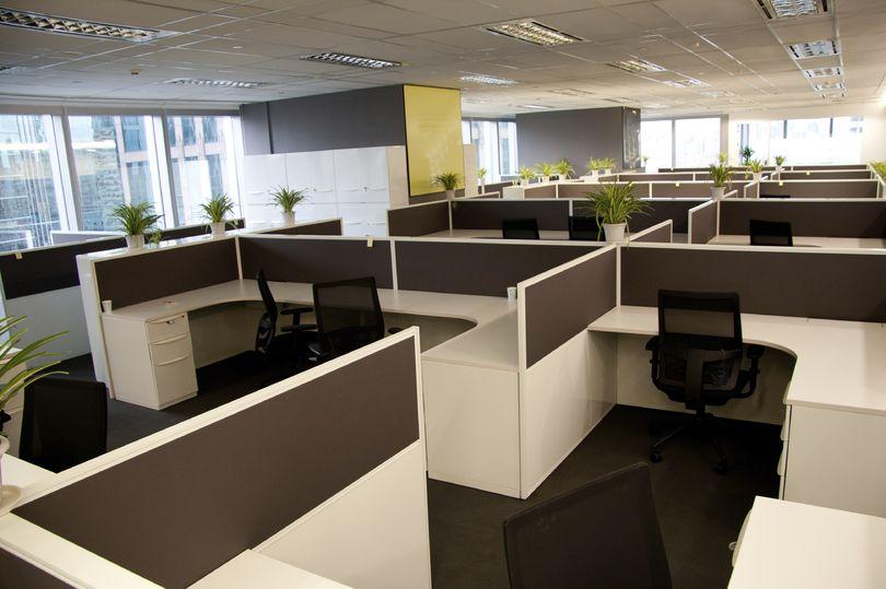 Всего в 4% бизнес-центров вакантно больше половины офисных площадей