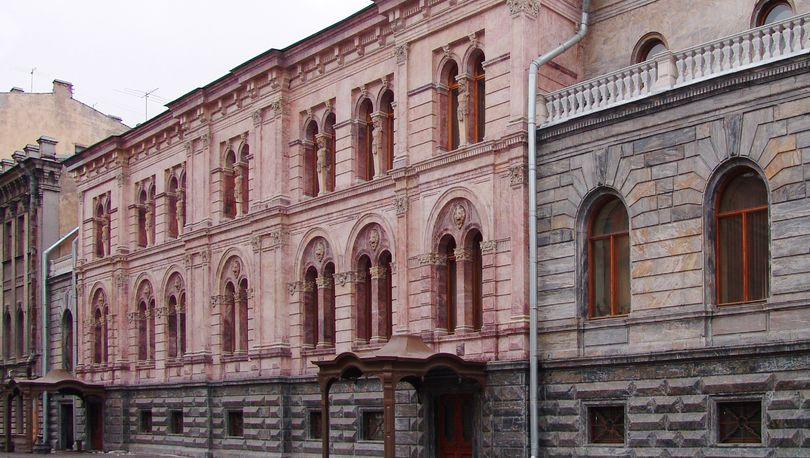 Росреестру запретили регистрировать выселение Европейского университета