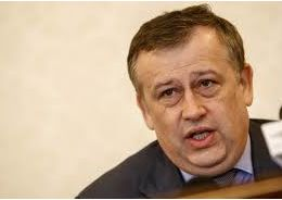Дрозденко твердо намерен вывести столицу региона из Петербурга