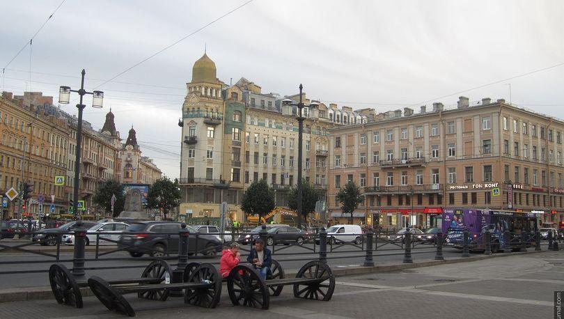 «Газпром» готов провести благоустройство Сенной площади