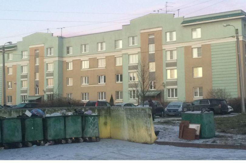 мусорные контейнеры