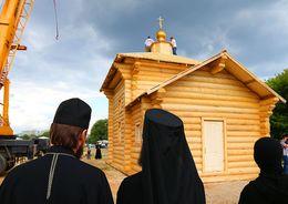 Смольным утверждено строительство еще трёх церквей