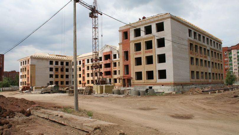 Медведев: Программа строительства школ в регионах будет продолжена