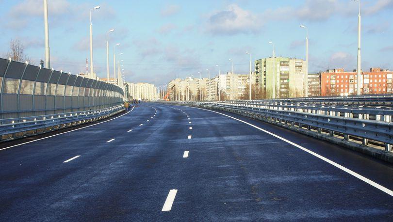 В Калининграде строят подъезды к стадиону