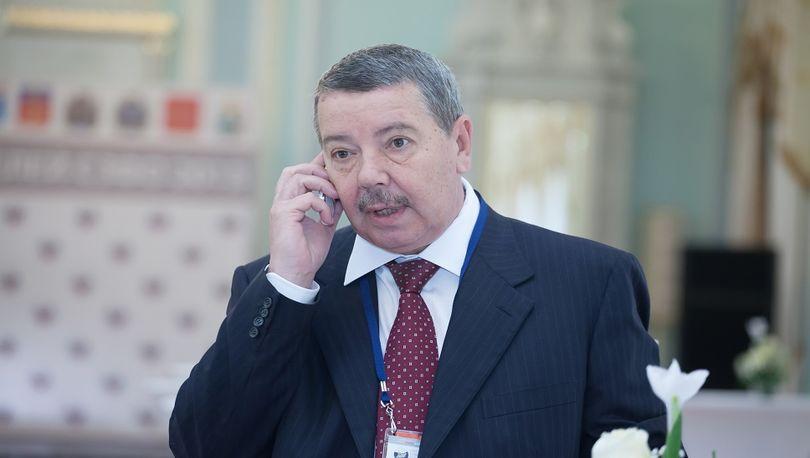 Александр Вахмистров