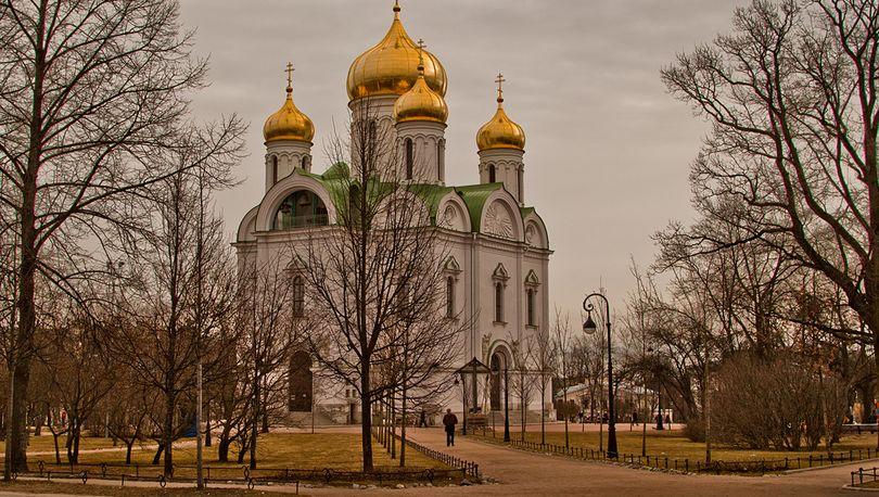 Петербург передаст РПЦ еще один собор