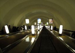 В Петербурге объявлен конкурс на модернизацию за 40 млн руб. 10 эскалаторов метрополитена